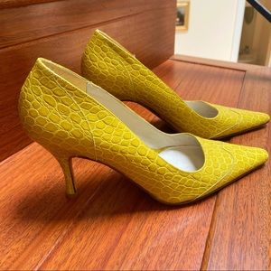 New Banana Republic Leather Heels made in Italy!